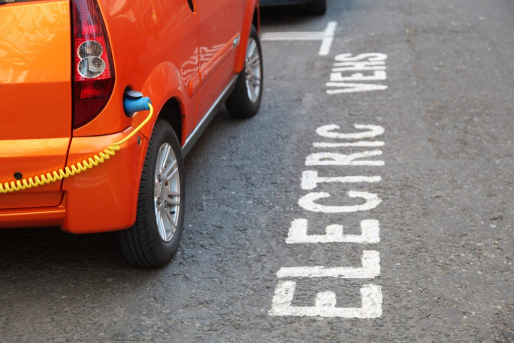 Learners earning 'manual' driving licences could fall due to electric cars