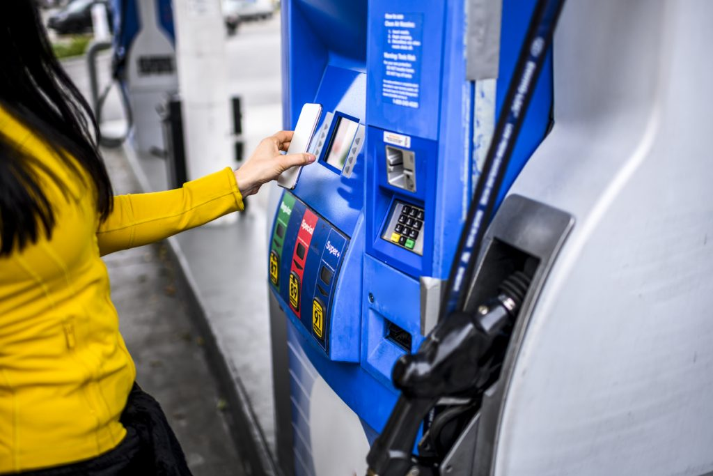 Price of petrol moves closer to record high, warns RAC